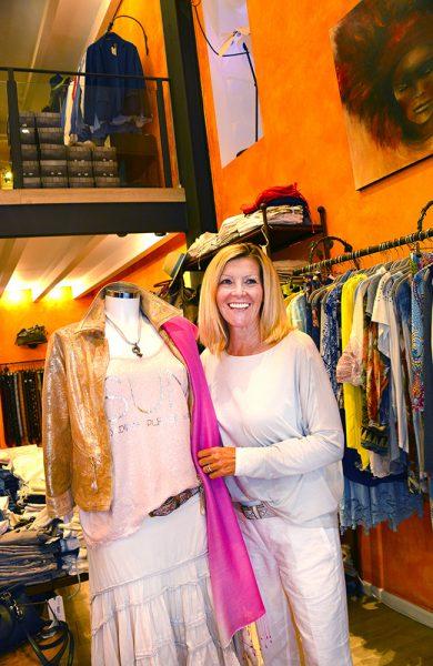 Shoppinggaten Passeig del Borne er bedre kjent som Den Gylne mil på grunn av alle de dyre designerbutikkene. Foto: Torild Moland