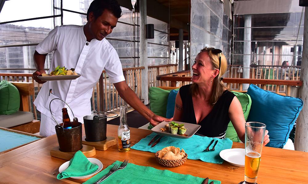 Maten blir spesialtilpasset deg etter ayurvedadoktorens anbefalinger – og det meste er laget av lokale råvarer med et minimalt utslipp. Foto: Ronny Frimann