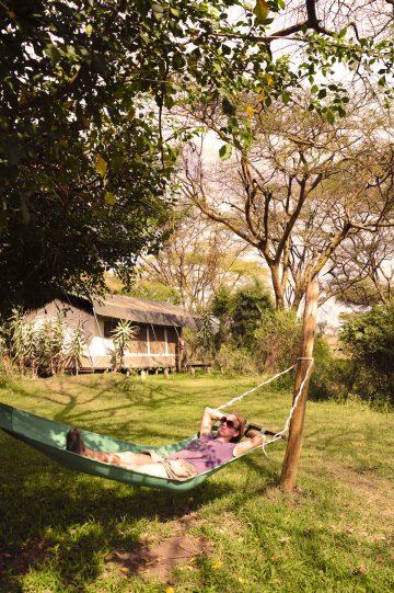 Behagelig: Safari i Kenya handler ikke bare om å komme seg opp om mårra'n. Foto: Ronny Frimann