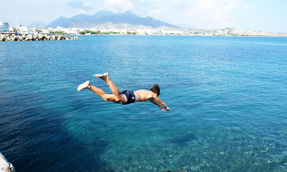 Sommerferie på Kreta er helt gresk lykke. Foto: Runar Larsen