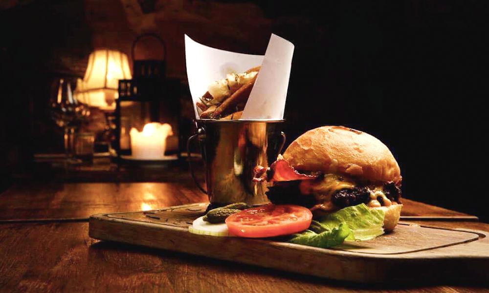 Burger fra St. Lars. Foto: Lars Myhren Holand