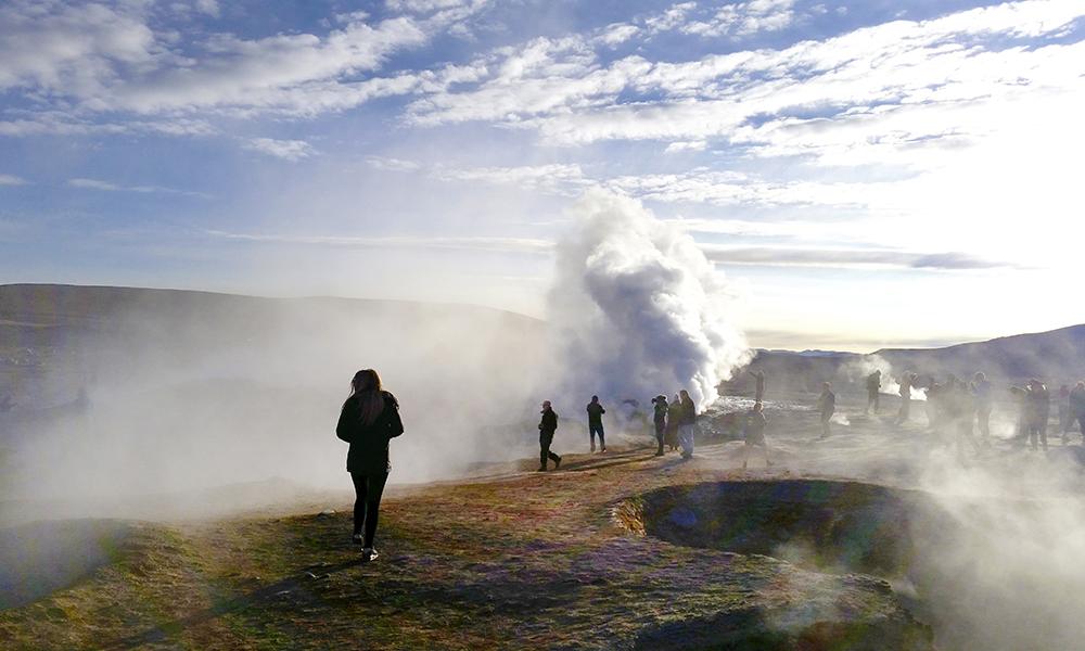 Vulkaner sørger for putring og varme kilder. Foto: Helene Iversen