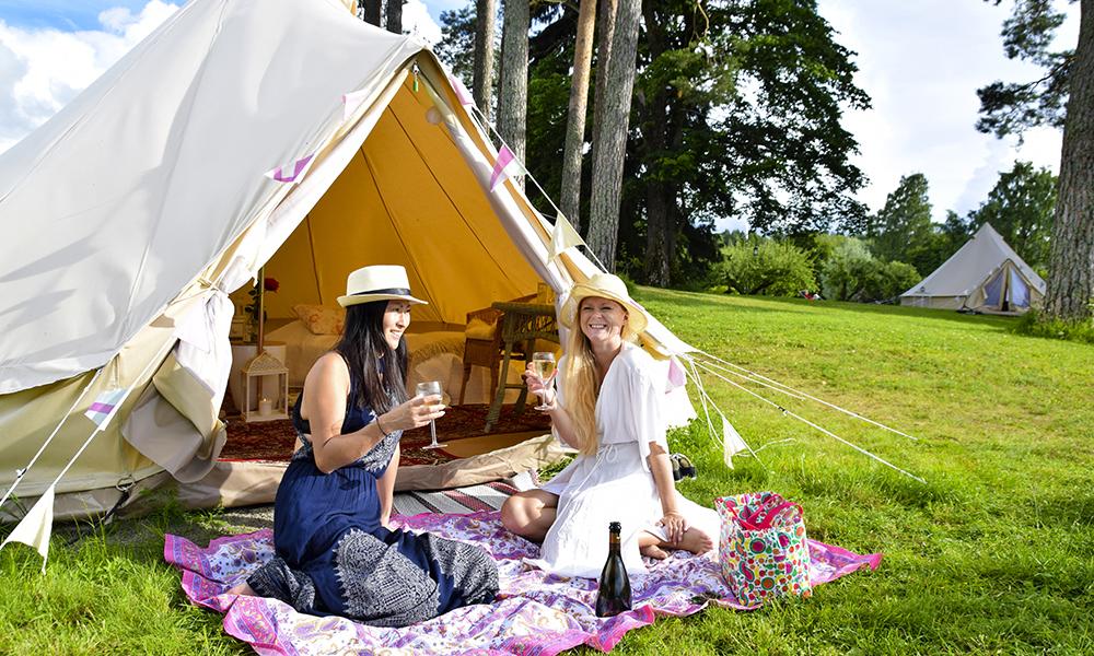 Glem alt du vet om camping! Glamping er luksusversjonen av telttilværelsen. Foto: Mari Bareksten