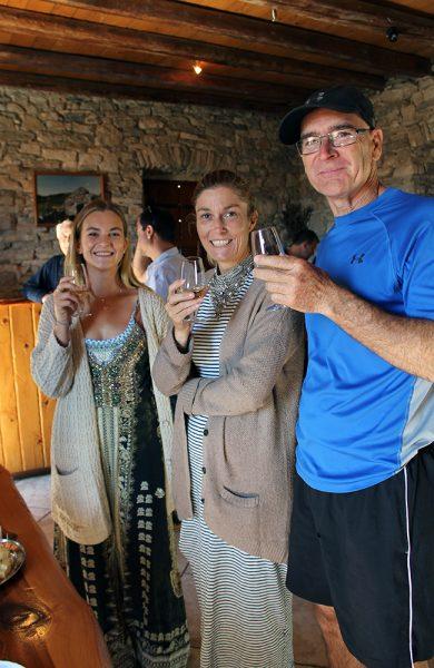 Flere av vingårdene holder åpent for turister, og byr gjerne på en prøvesmak. Foto: Ida Anett Danielsen