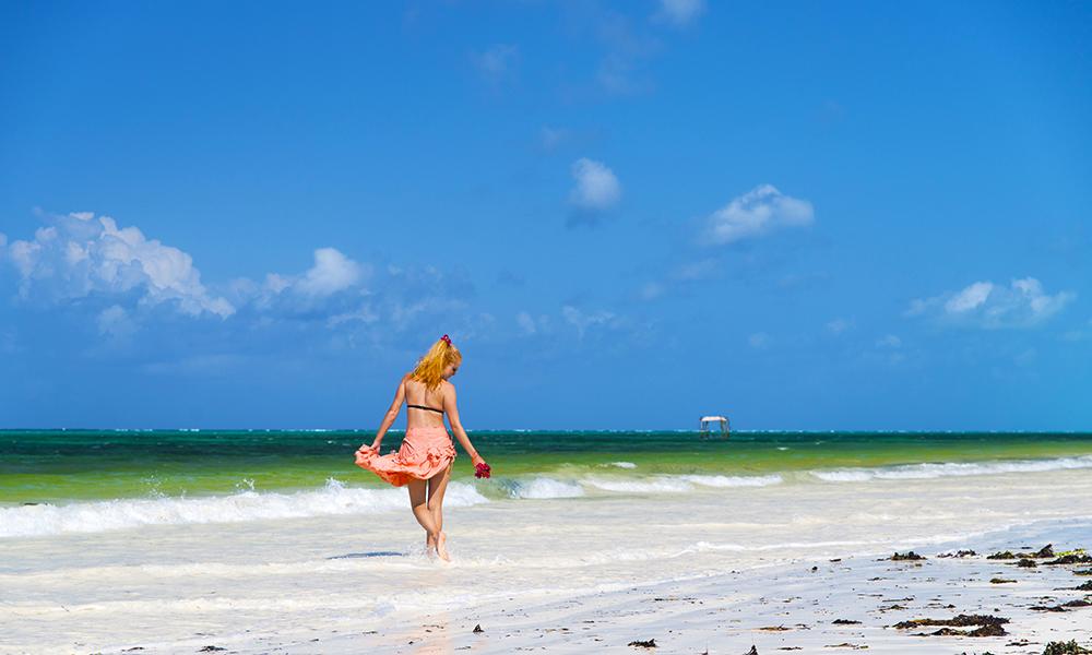 Det blir også tid til deilige dager på stranden på Zanzibar. Foto: Zanzibar Indigo Beach Hotel
