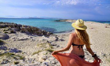 Øde strender, azurblått hav og seilbåter som ligger og dupper i horisonten –den lille øya Formentera er Europas svar på Karibia. Foto: Mari Bareksten