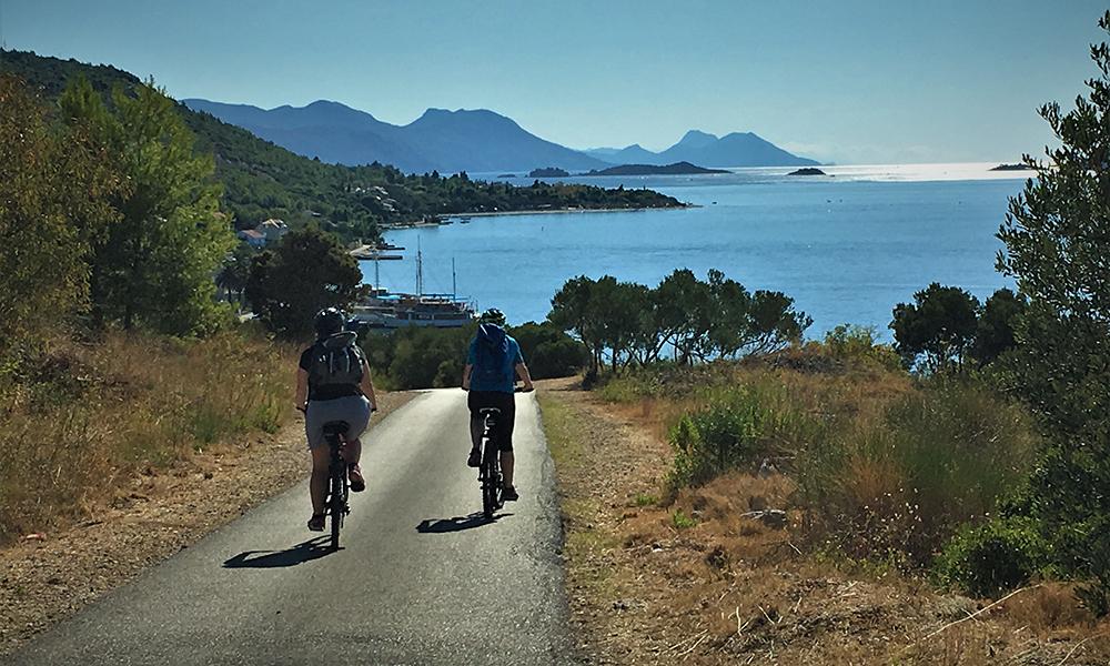 Det var klart for nok en fin tur på sykkelsetet. Foto: Kari Wallem Bøe
