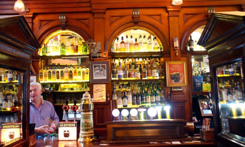 7. Palace Bar
