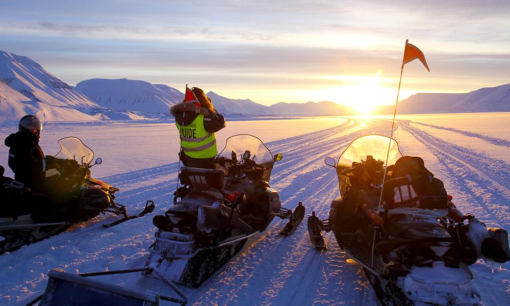 Svalbard er den mest ekstreme og eksotiske delen av Norge. Kulldrift har tradisjonelt vært den viktigste industrien, men i dag er turismen i ferd med å bli det nye gullet. Foto: Runar Larsen