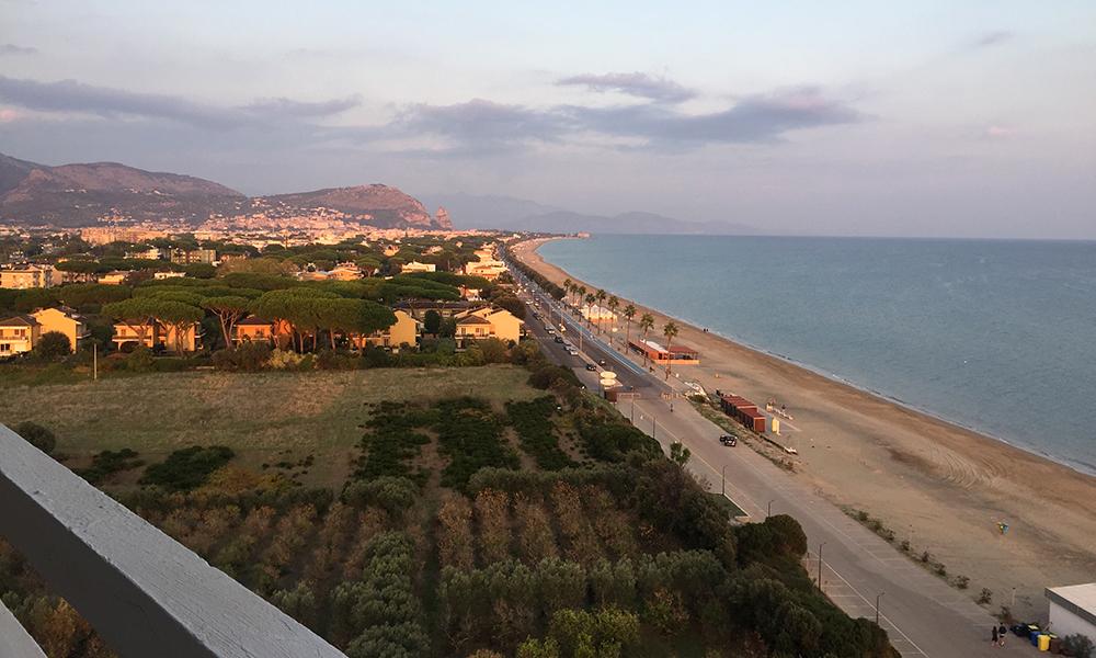 Utsikt fra hotellet i Sermoneta. Foto: Anette Moe