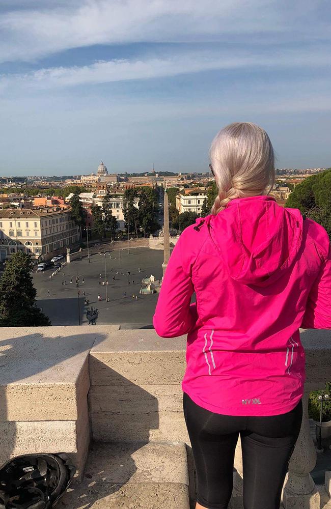 Sjekk den utsikten! Peterskirken kan skimtes i det fjerne. Foto: Anette Moe