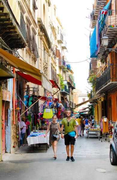 Blant Palermos gater er det mange muligheter for et smakfult måltid. Foto: Ida Anett Danielsen