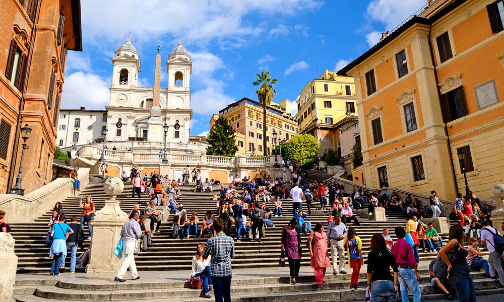 Roma har mange obligatoriske severdigheter, både historiske, kulturelle – og spiselige. Inn til venstre ved Spansketrappen ligger Michelinrestauranten Imàgo. Foto: Istock