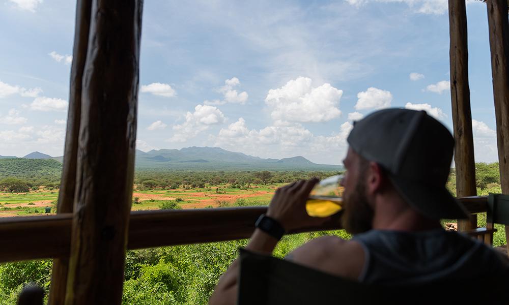 Utsikten fra restauranten til Kilaguni Serena Safari Lodge er noe av det råeste jeg har sett. Foto: Stian Klo