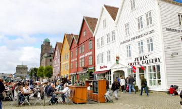 Det skjer mye spennende på matfronten i Bergen for tiden. Her er det fokus på lokale råvarer, internasjonalt samarbeid og bærekraftighet – og det smaker det godt av. Foto: Ida Anett Danielsen