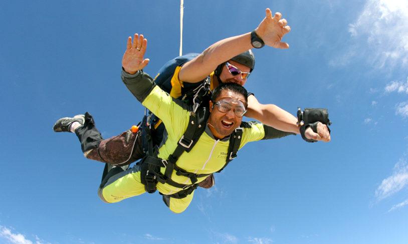 1. Hoppe i fallskjerm